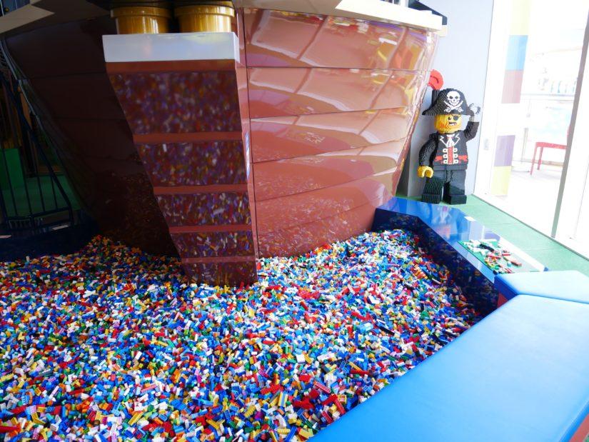 キッズ・プレイ・エリアのレゴ