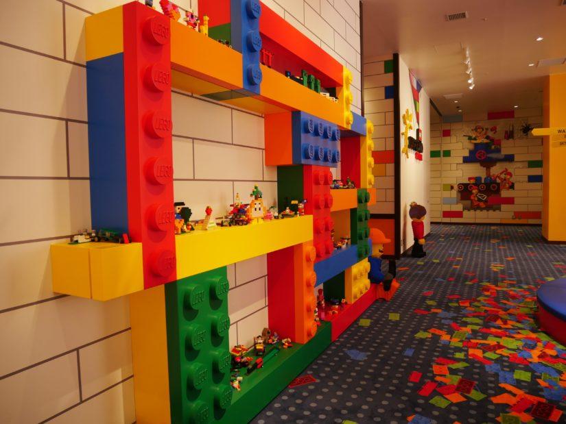 受付前のレゴ