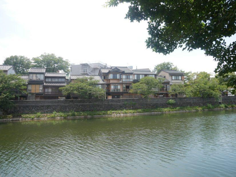 浅野川と主計町
